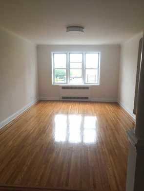 2 Bedrooms, Rego Park Rental in NYC for $3,200 - Photo 1