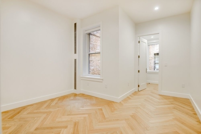 2 Bedrooms, South Slope Rental in NYC for $3,646 - Photo 2