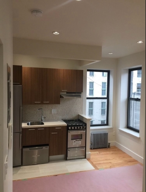 3 Bedrooms, Bowery Rental in NYC for $4,099 - Photo 1
