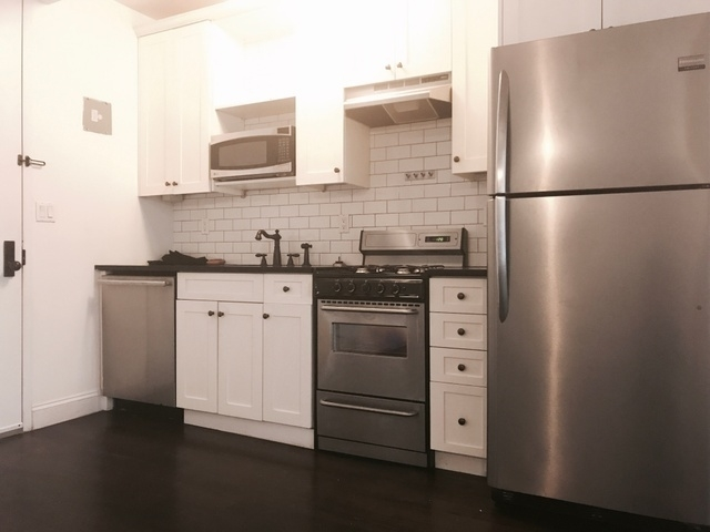 2 Bedrooms, Williamsburg Rental in NYC for $3,999 - Photo 1