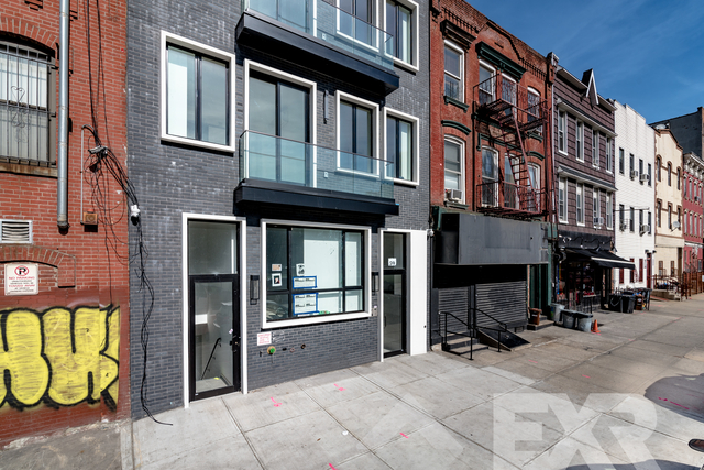 2 Bedrooms, East Williamsburg Rental in NYC for $3,295 - Photo 2