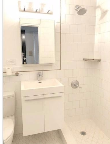 Studio, Midtown East Rental in NYC for $2,375 - Photo 2