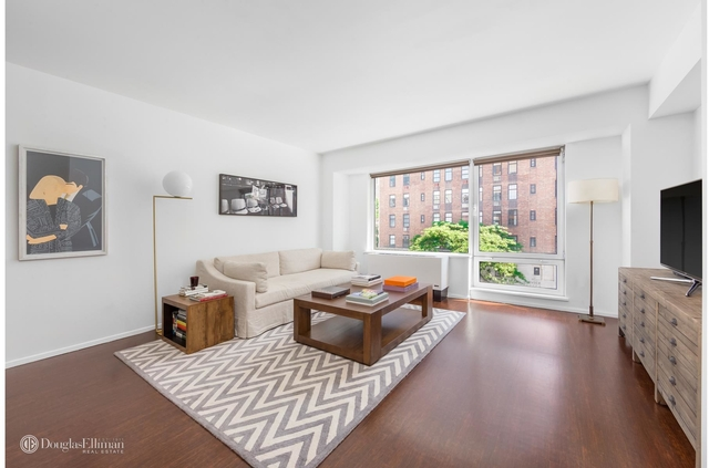2 Bedrooms, Chelsea Rental in NYC for $8,500 - Photo 1