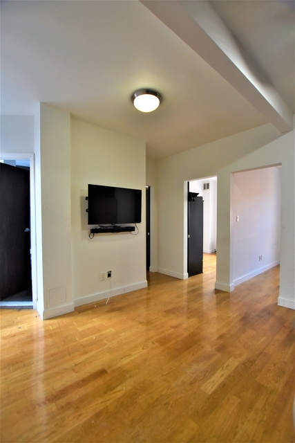 3 Bedrooms, East Village Rental in NYC for $4,125 - Photo 2
