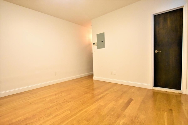 1 Bedroom, East Village Rental in NYC for $2,385 - Photo 2