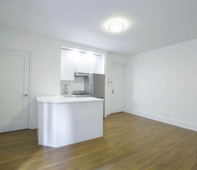 Studio, Turtle Bay Rental in NYC for $2,656 - Photo 2