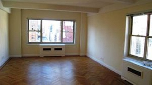 3 Bedrooms, Murray Hill Rental in NYC for $12,000 - Photo 1