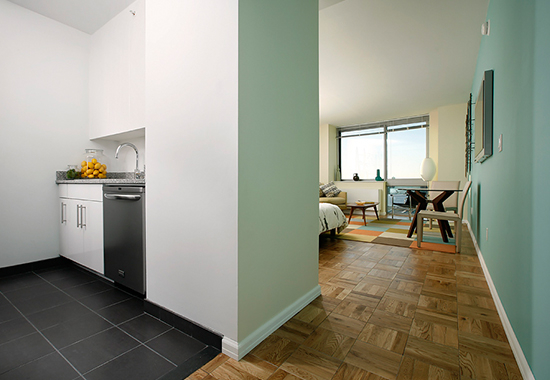 Studio, Garment District Rental in NYC for $2,500 - Photo 2