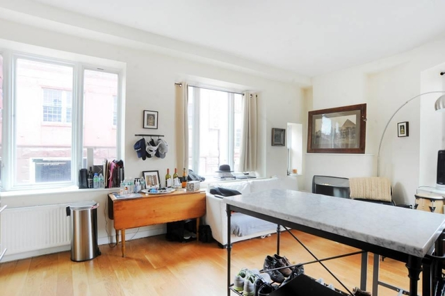 3 Bedrooms, West Village Rental in NYC for $13,842 - Photo 2