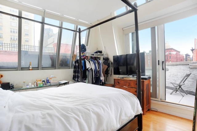 3 Bedrooms, West Village Rental in NYC for $13,842 - Photo 1