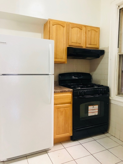 2 Bedrooms, Woodside Rental in NYC for $1,900 - Photo 1