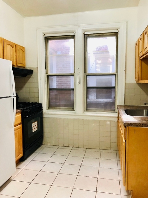 2 Bedrooms, Woodside Rental in NYC for $1,900 - Photo 2