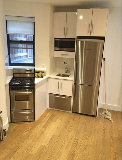 3 Bedrooms, Lower East Side Rental in NYC for $3,799 - Photo 1