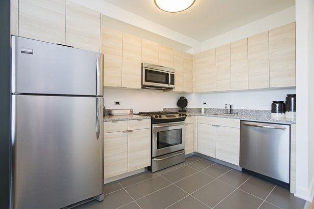 Studio, Long Island City Rental in NYC for $2,470 - Photo 2