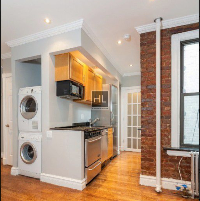 3 Bedrooms, East Village Rental in NYC for $4,799 - Photo 1