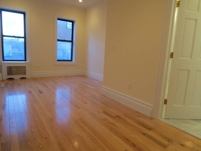 1 Bedroom, Chelsea Rental in NYC for $2,400 - Photo 2