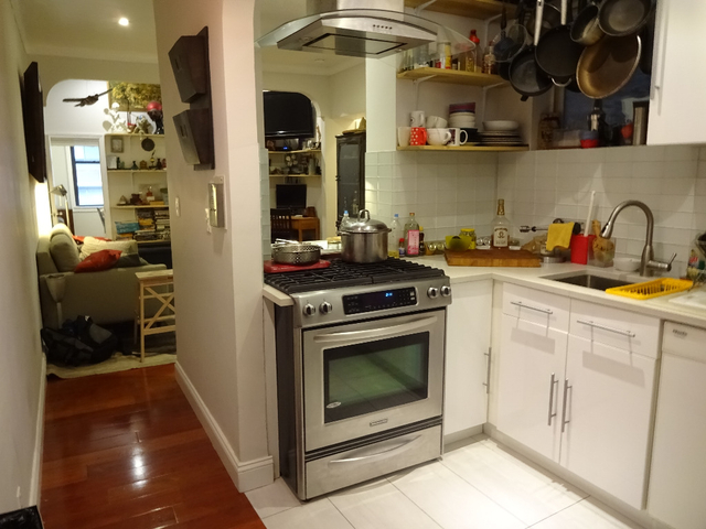 Room, Alphabet City Rental in NYC for $1,400 - Photo 2