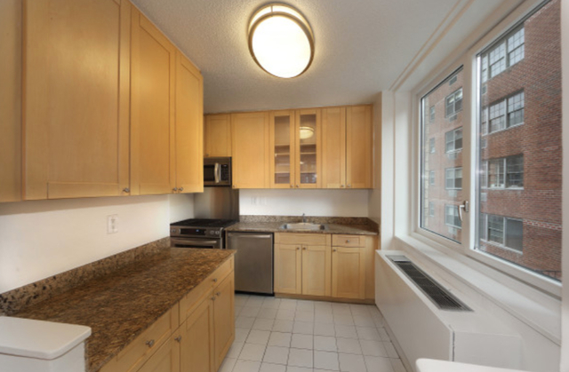 3 Bedrooms, Murray Hill Rental in NYC for $5,850 - Photo 2
