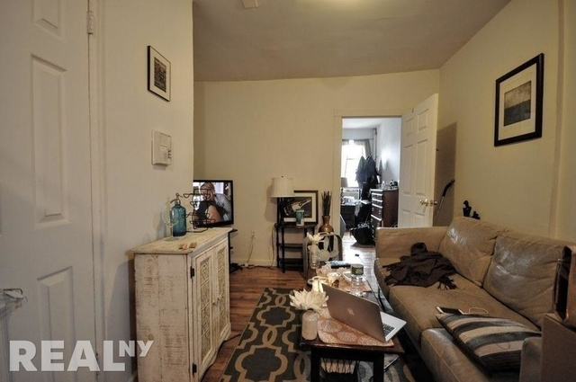 1 Bedroom, East Village Rental in NYC for $2,850 - Photo 2