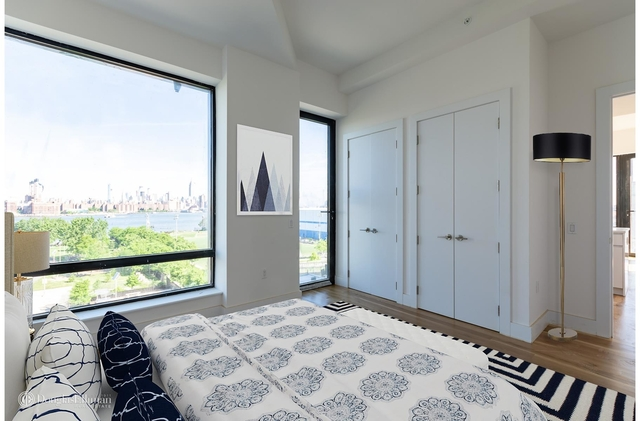 2 Bedrooms, Williamsburg Rental in NYC for $5,571 - Photo 2