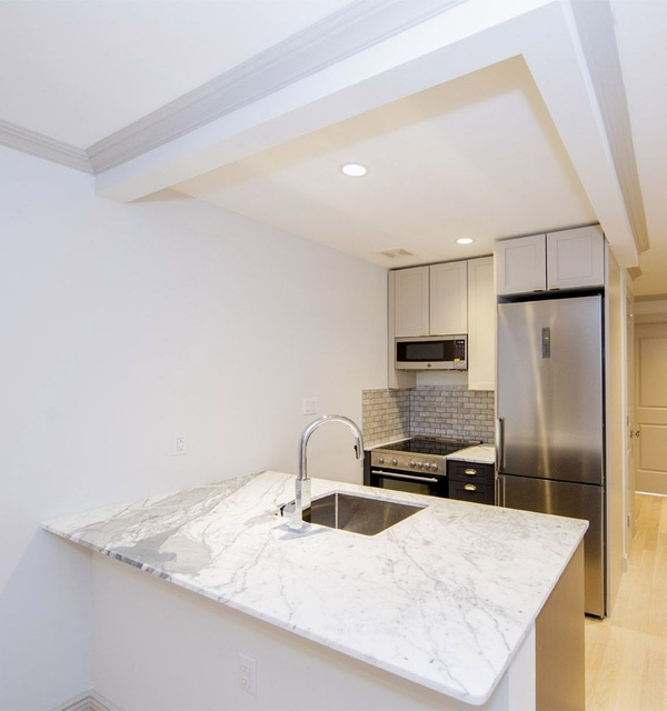 2 Bedrooms, East Village Rental in NYC for $5,000 - Photo 1