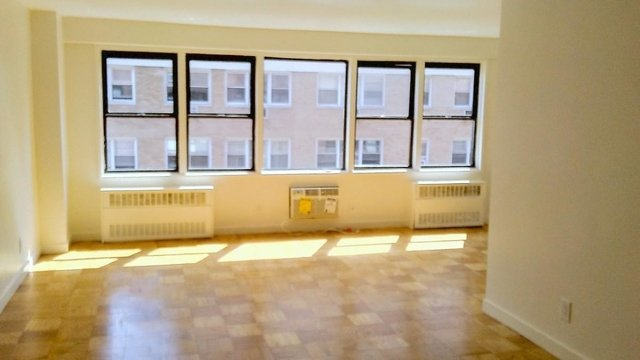 1 Bedroom, Murray Hill Rental in NYC for $3,375 - Photo 2