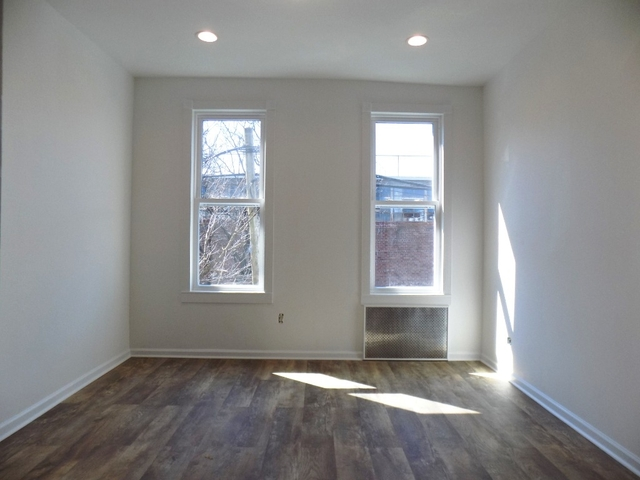 2 Bedrooms, Maspeth Rental in NYC for $1,900 - Photo 1