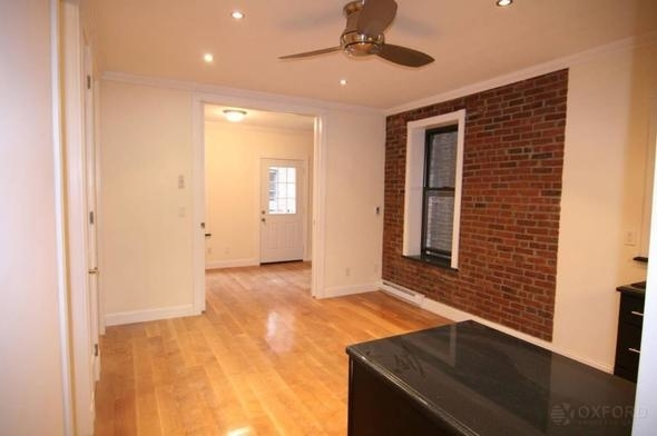 3 Bedrooms, Hell's Kitchen Rental in NYC for $4,495 - Photo 2