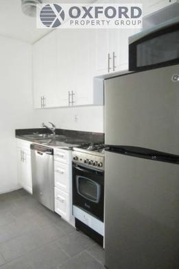 3 Bedrooms, West Village Rental in NYC for $3,900 - Photo 1