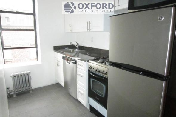 3 Bedrooms, West Village Rental in NYC for $3,900 - Photo 2