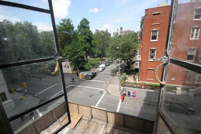 2 Bedrooms, Greenwich Village Rental in NYC for $6,493 - Photo 2