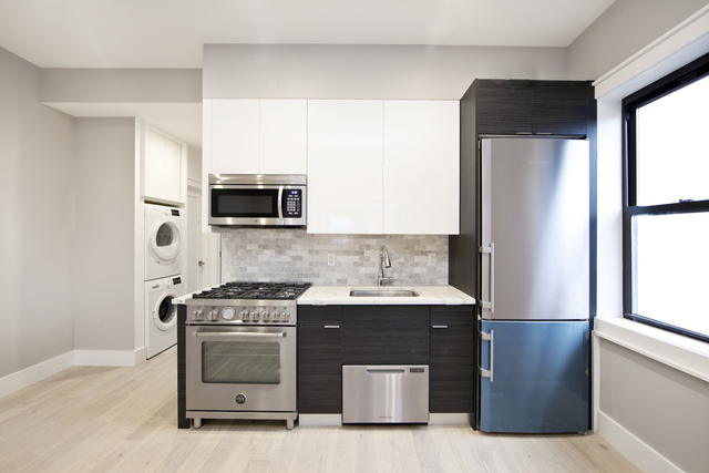 3 Bedrooms, West Village Rental in NYC for $6,500 - Photo 2