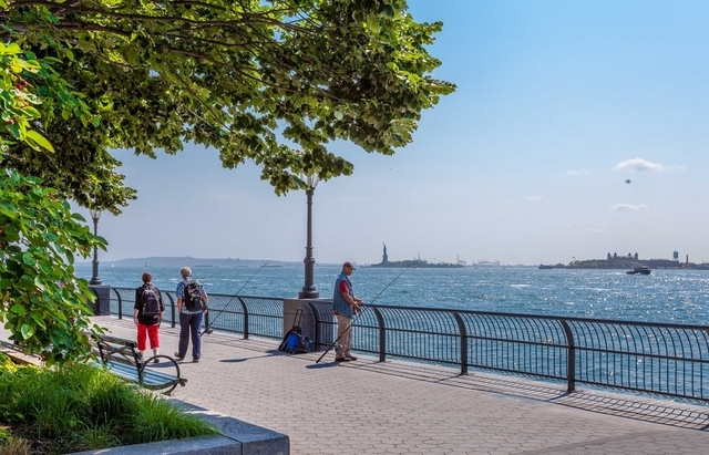 2 Bedrooms, Battery Park City Rental in NYC for $7,700 - Photo 2