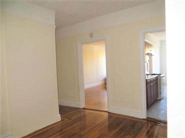 2 Bedrooms, Pelham Parkway Rental in NYC for $1,875 - Photo 1