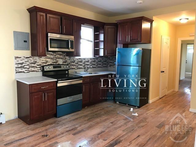 3 Bedrooms, Far Rockaway Rental in Long Island, NY for $2,295 - Photo 2