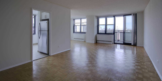 3 Bedrooms, Upper East Side Rental in NYC for $10,700 - Photo 2