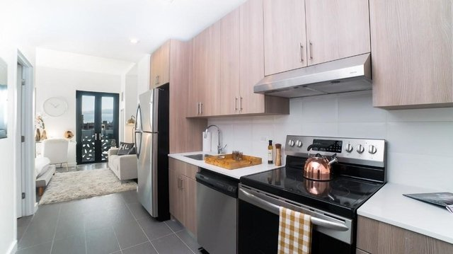 Studio, Long Island City Rental in NYC for $2,375 - Photo 1
