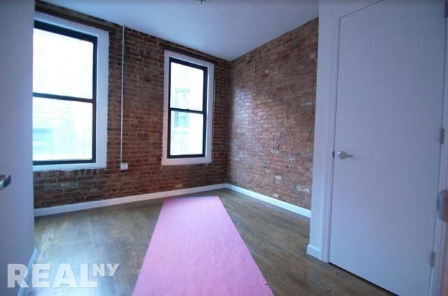 2 Bedrooms, Cooperative Village Rental in NYC for $3,060 - Photo 2