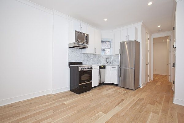 3 Bedrooms, Rose Hill Rental in NYC for $5,077 - Photo 1