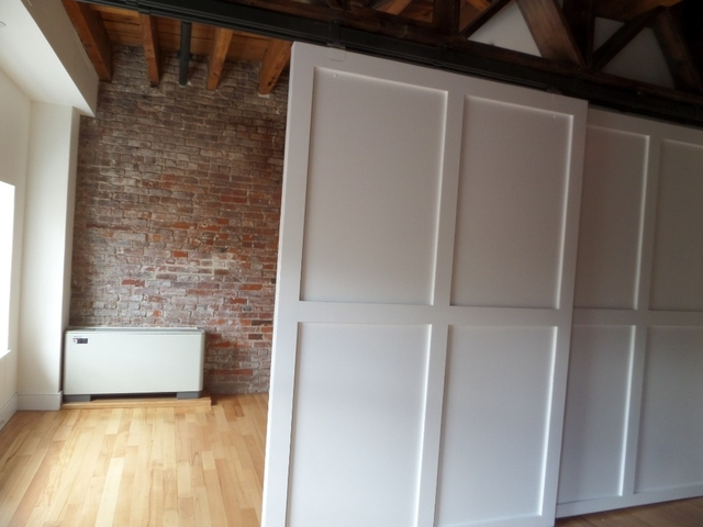 Loft, Financial District Rental in NYC for $4,550 - Photo 2