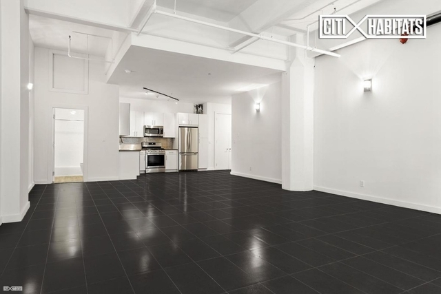 1 Bedroom, Williamsburg Rental in NYC for $2,980 - Photo 2