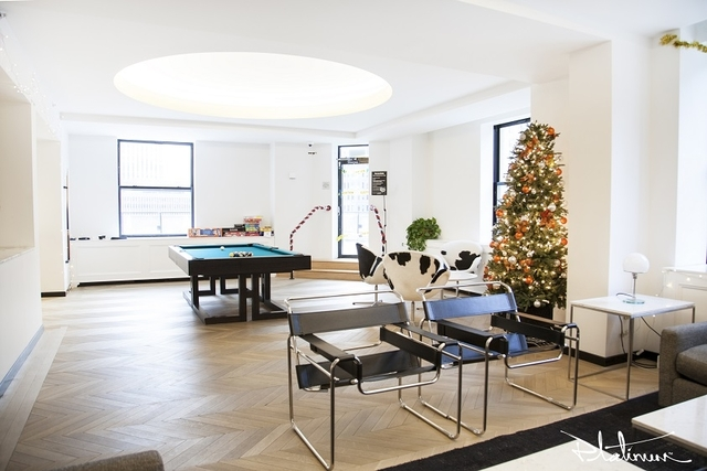 2 Bedrooms, Financial District Rental in NYC for $4,475 - Photo 2