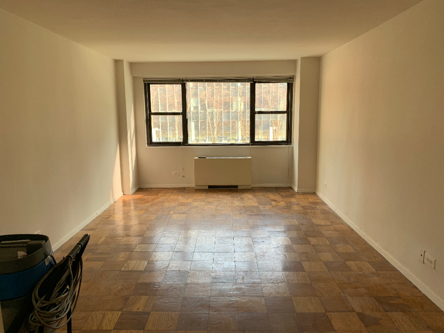 Studio, Hell's Kitchen Rental in NYC for $2,359 - Photo 1