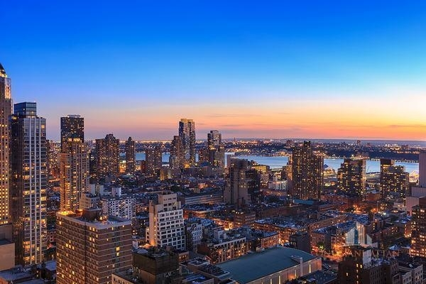 2 Bedrooms, Theater District Rental in NYC for $6,000 - Photo 2