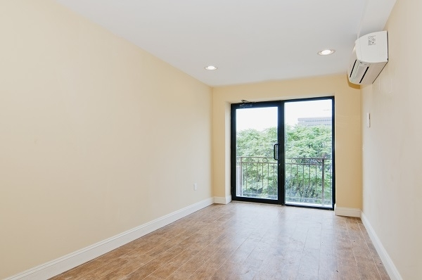 2 Bedrooms, Central Harlem Rental in NYC for $2,600 - Photo 2
