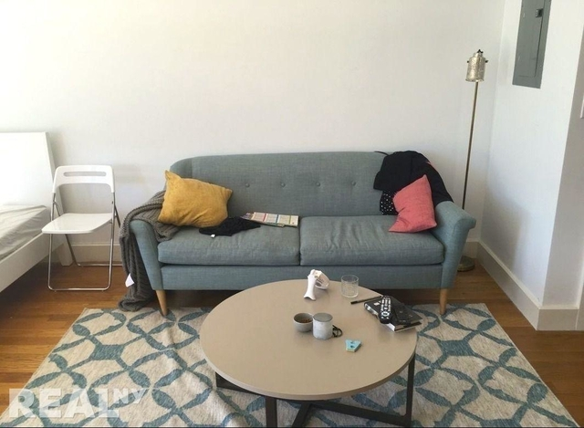 Studio, East Williamsburg Rental in NYC for $2,300 - Photo 1