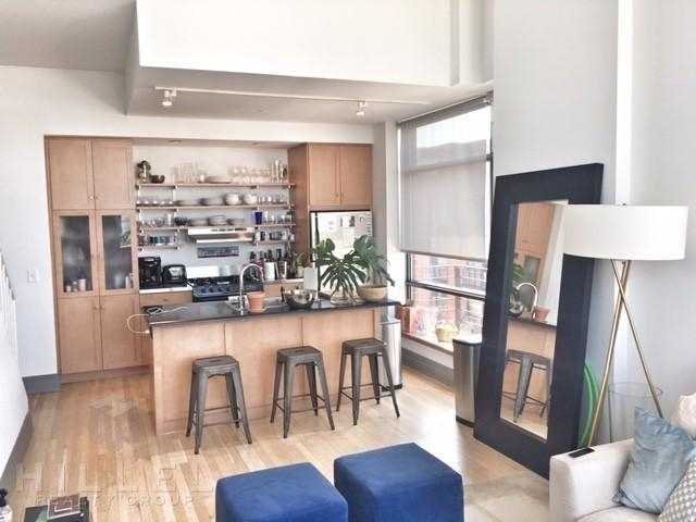 2 Bedrooms, Brooklyn Heights Rental in NYC for $6,077 - Photo 2