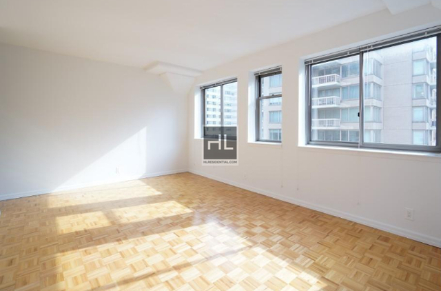 2 Bedrooms, Upper East Side Rental in NYC for $5,207 - Photo 2