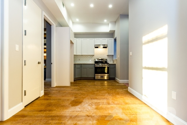 3 Bedrooms, Bushwick Rental in NYC for $2,412 - Photo 1