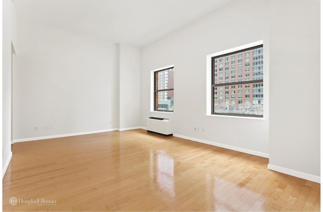 Studio, Battery Park City Rental in NYC for $2,595 - Photo 1